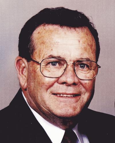 """Edgar R. """"Bud"""" Quinn"""