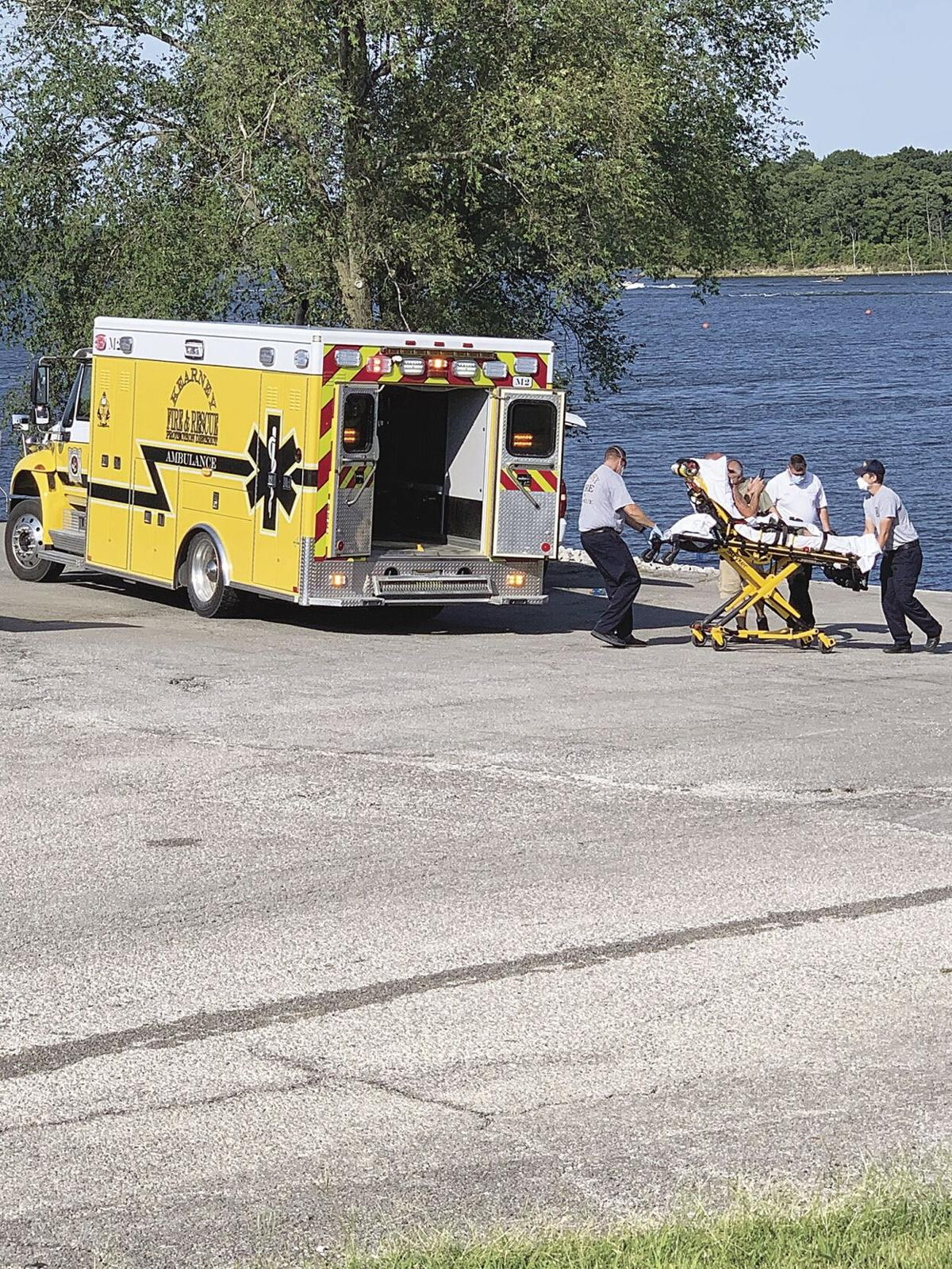 Smithville Lake boat accident sends 10 to hospital