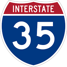 UPDATE: Traffic accidents close I-35, lanes open