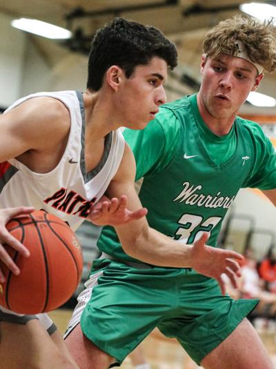 Smithville boys hoops season ends against Platte County in district semis