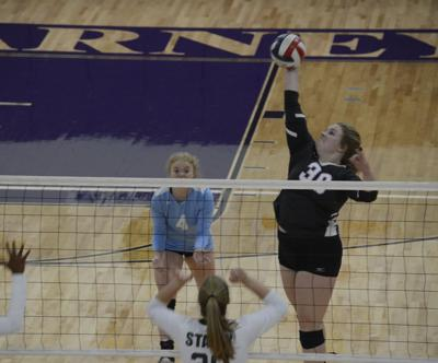 Kearney, Smithville volleyball teams fall in district openers