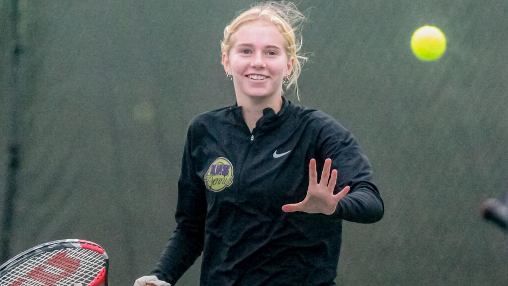 Kearney's Dillon ends senior tennis season at state
