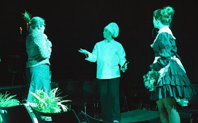Students gets interactive, giving audience clues in spring play