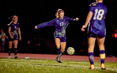 Eagles girls soccer rolling through 5 wins to open season