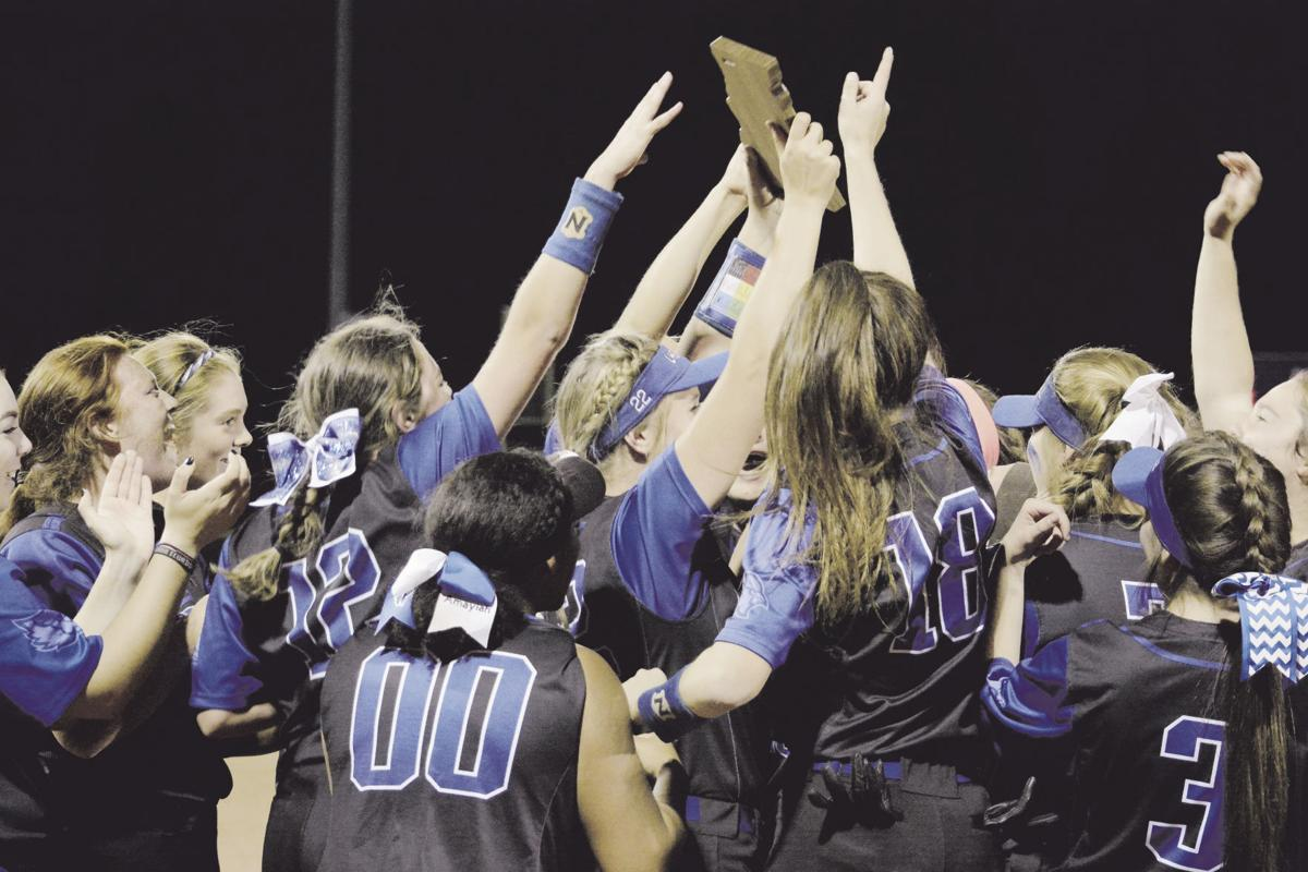 Blue Jays beat Eagles in run-happy district final