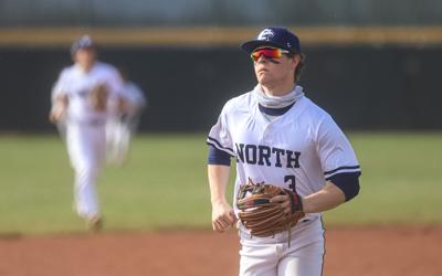 Eagles baseball wins 8th straight game