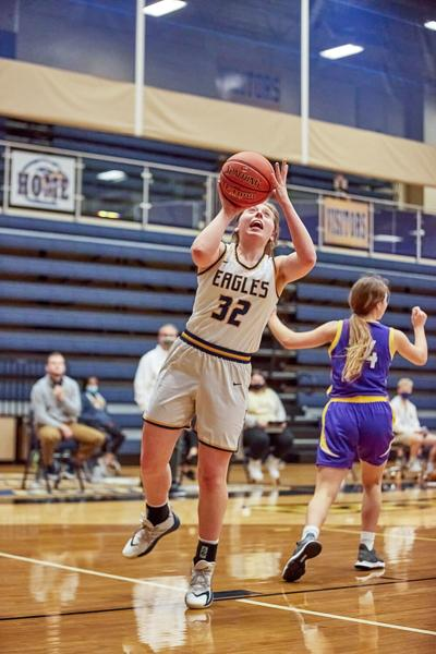 Eagles girls hoops extends win streak to 4 games