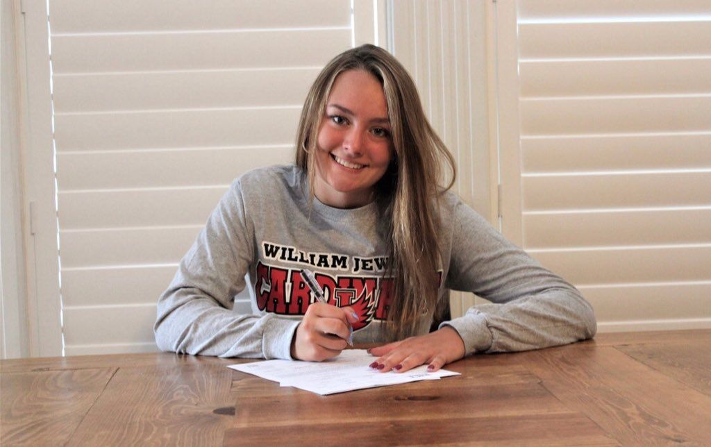 Liberty swimmer Carmichael signs with William Jewell