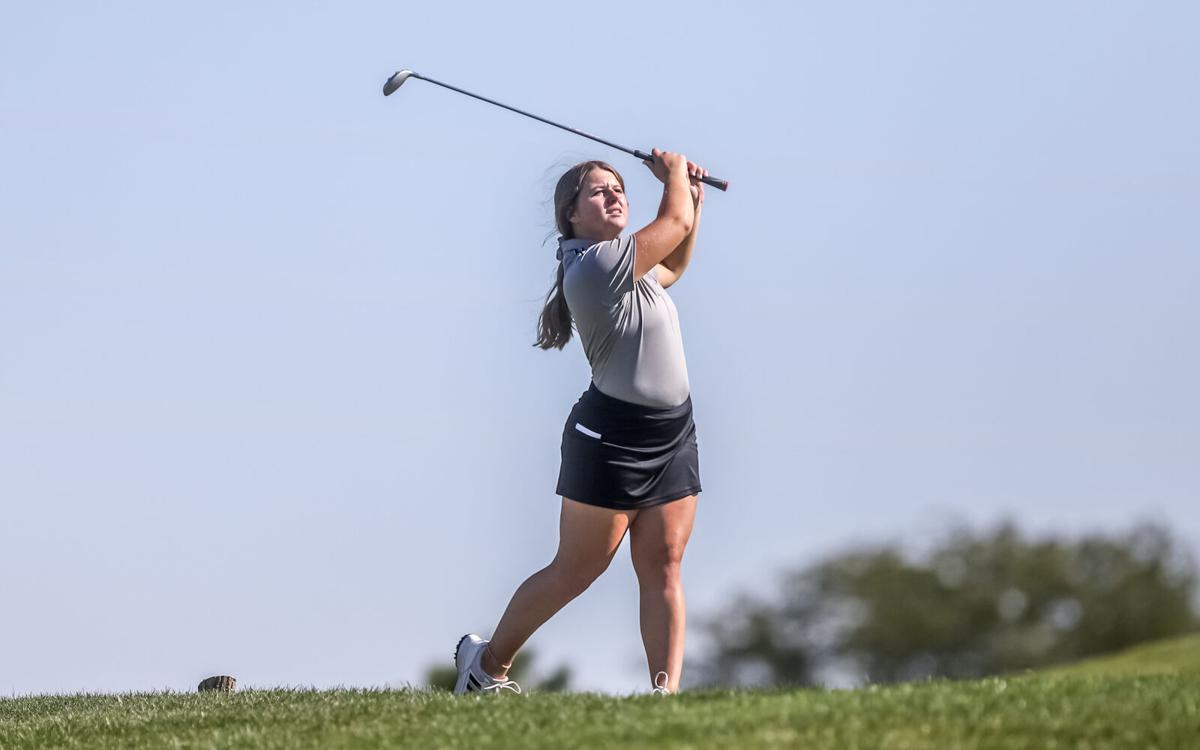 Kearney and Smithville Girls Golf at Suburban Blue Conference