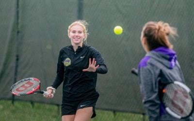 Kearney's Dillon takes 2nd at girls tennis individual districts