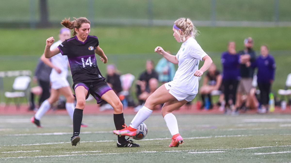 Kearney and Smithville soccer Gm2-3.jpg