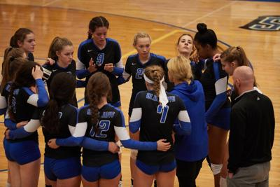 Liberty volleyball returns experience after strong 2018