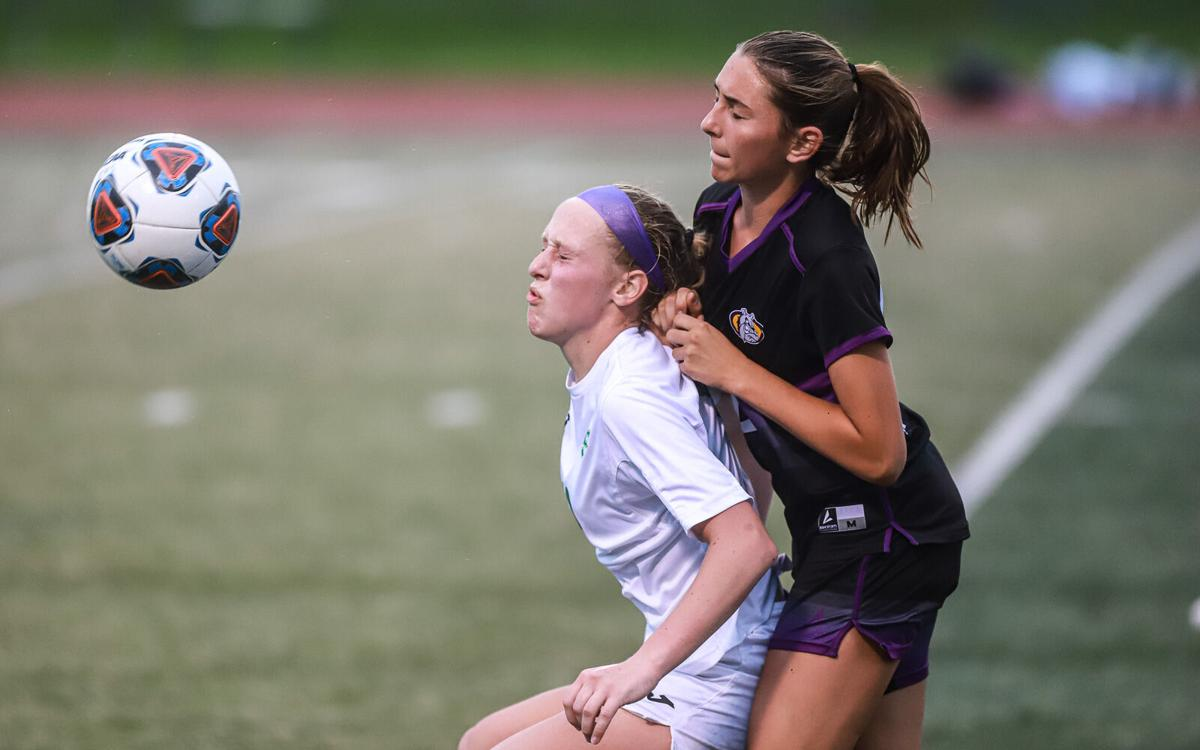Kearney and Smithville girls soccer in district semifinals-37.jpg