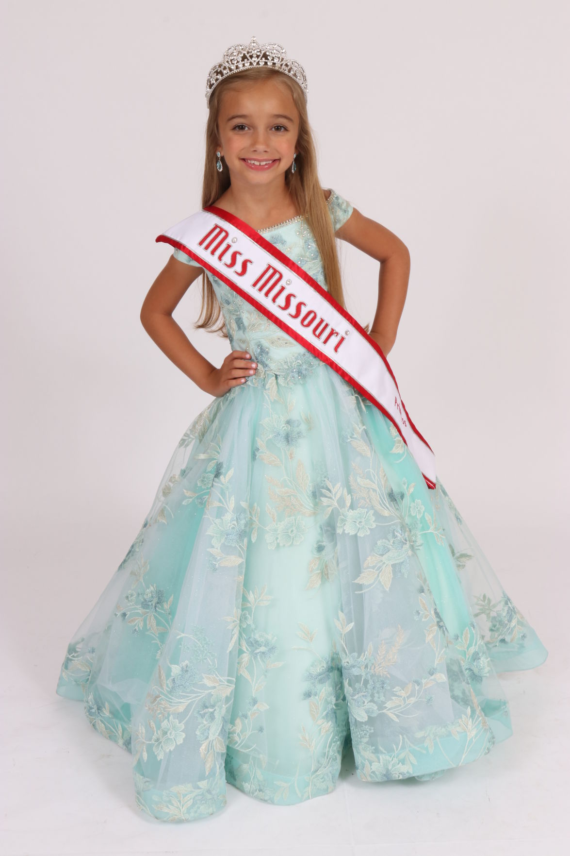 Smithville native crowned Miss Missouri Princess