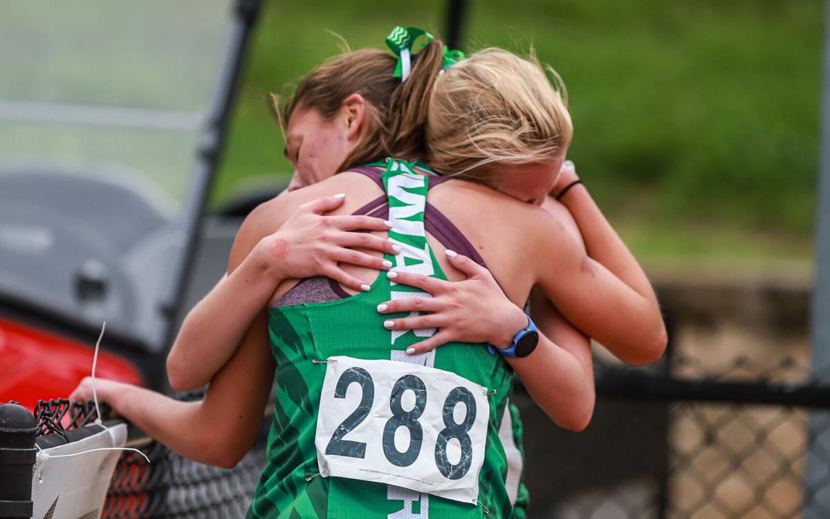 Kearney and Smithville Class 4 state track-11.jpg