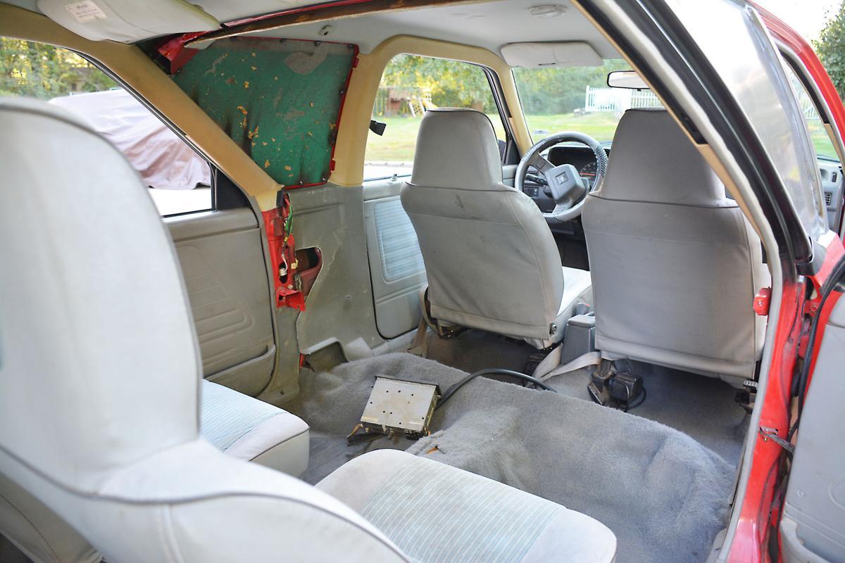 Creative tinkerer turns 2 Ford Festivas into limo