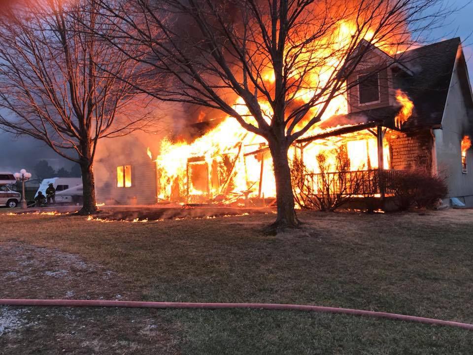 Superb Fire Destroys House South Of Smithville Lake