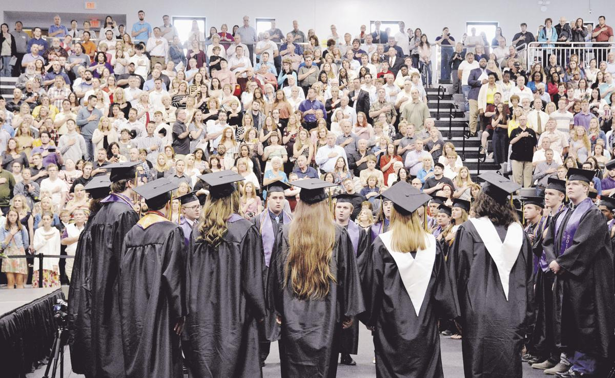 Kearney seniors celebrate graduation