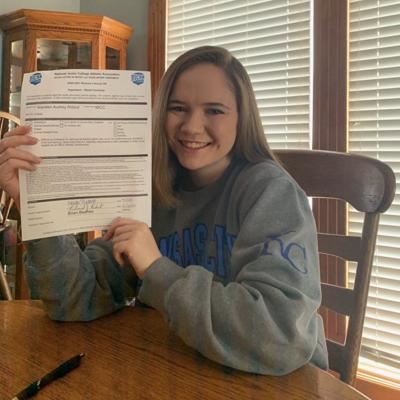 Smithville's Ridout commits to play soccer at MCCKC