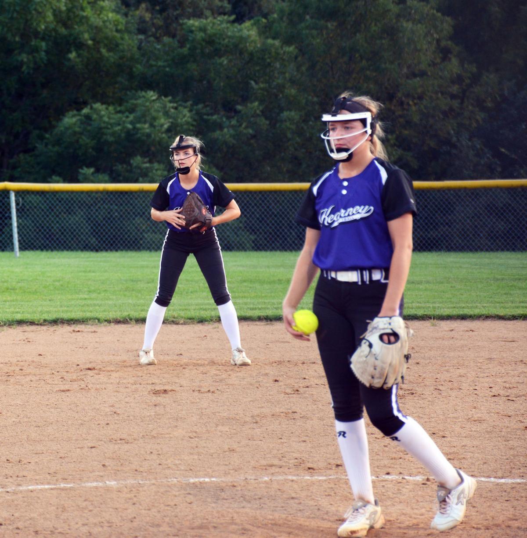 Bulldogs edge Smithville in pitcher's duel