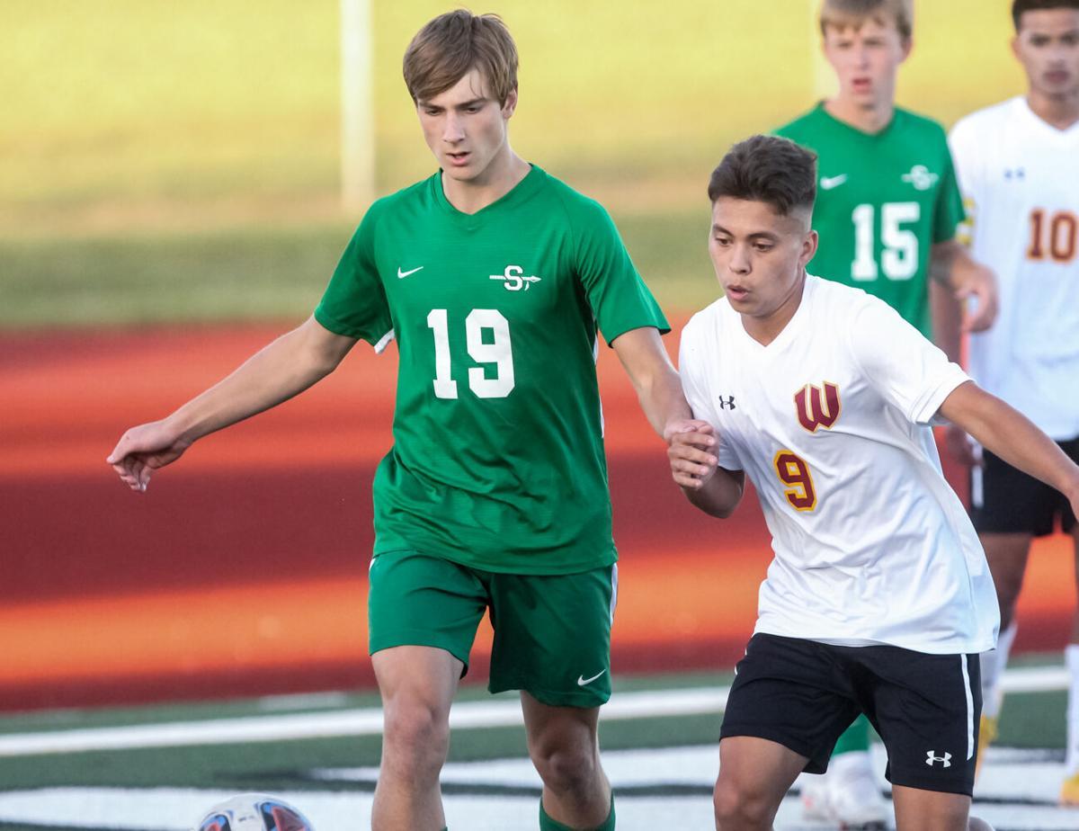 Smithville soccer battles Winnetonka-2.jpg