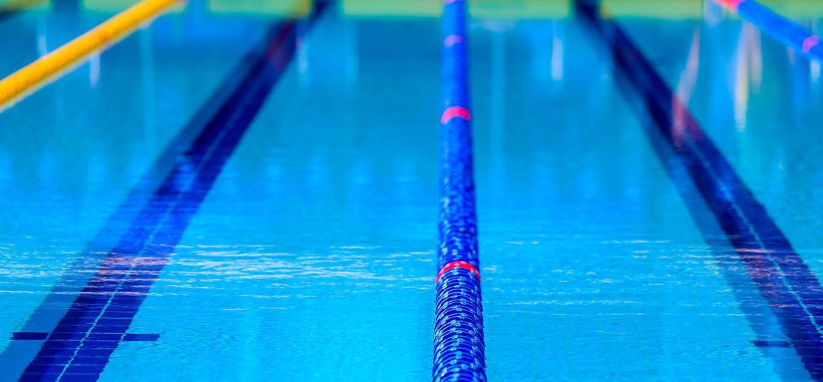Bulldogs swim team place 7th in BlueMO Invite