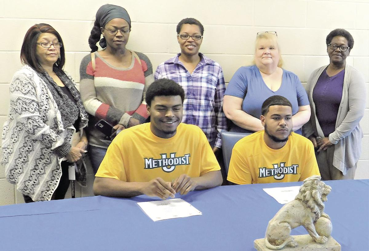 Boyd, Williams sign with Methodist University