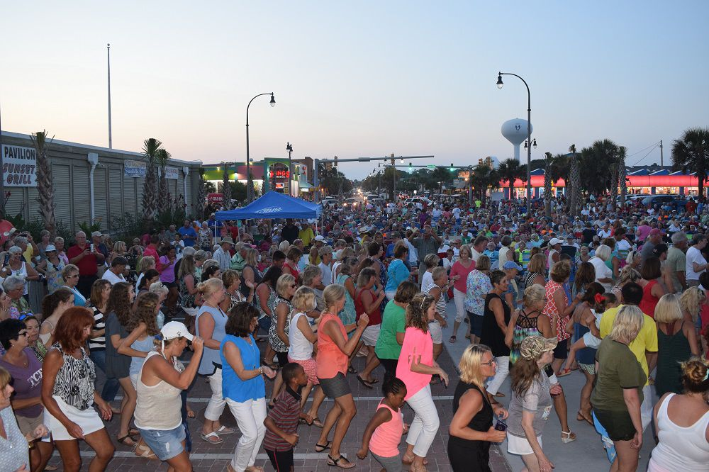 Music on Main, Sounds of Summer provide entertainment Thursday, Friday evenings