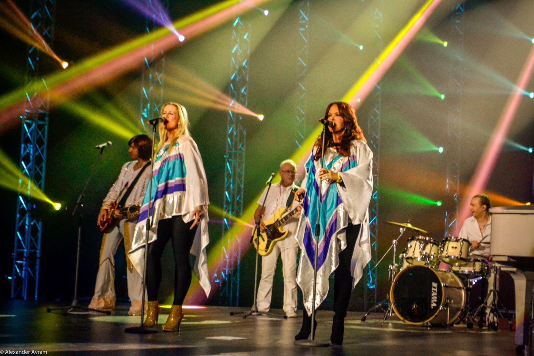 carolina opry presents worlds only official abba tribute show on sept jpg 1200x800 carolina opry christmas