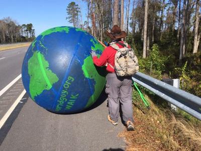Globe walker
