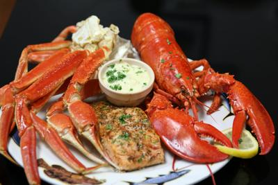 Terrific Crab Daddys Calabash Seafood Offers Best Crab Legs Beutiful Home Inspiration Xortanetmahrainfo