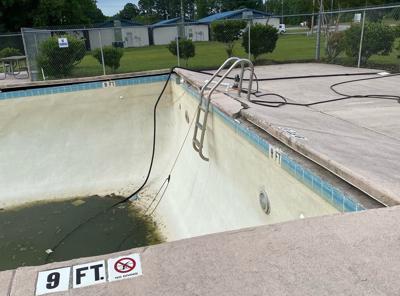 Smith Jones Pool closed