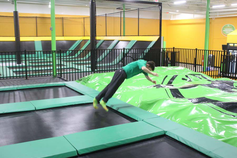 Rockin Jump Stunt Bag Jump Gallery Myhorrynews Com