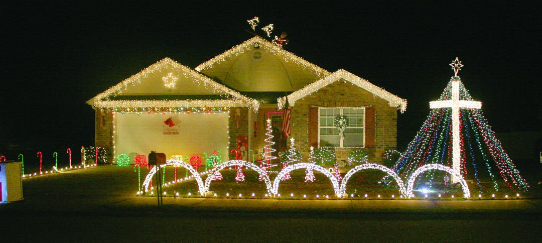 berry lights up the night with christmas show news