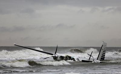Small plane crashes off Myrtle Beach coast   Myrtle Beach