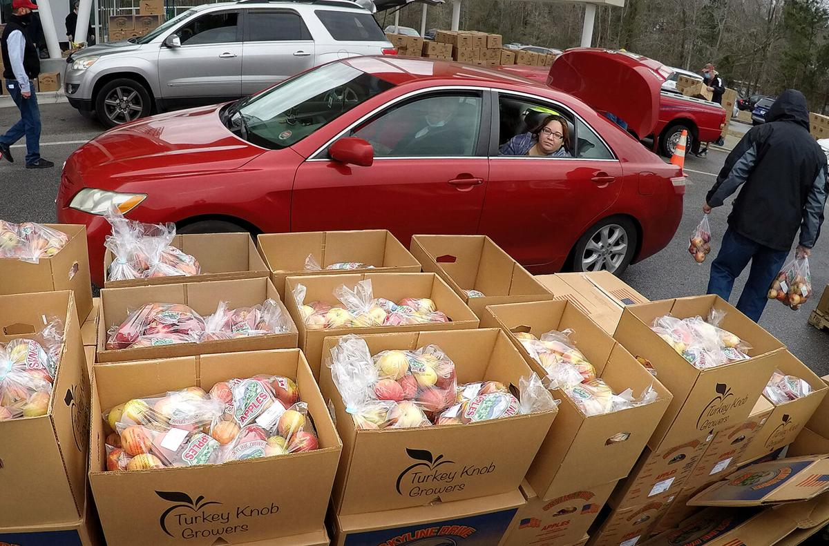 0205 food distribution_JM01.JPG