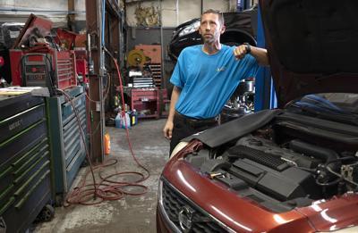 AutoWorld deals with slowdown