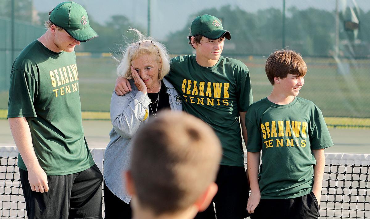 Grieving Myrtle Beach tennis team praises late coach after win