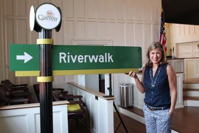 Conway wayfaring sign