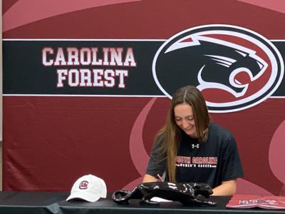 Emma signs with USC
