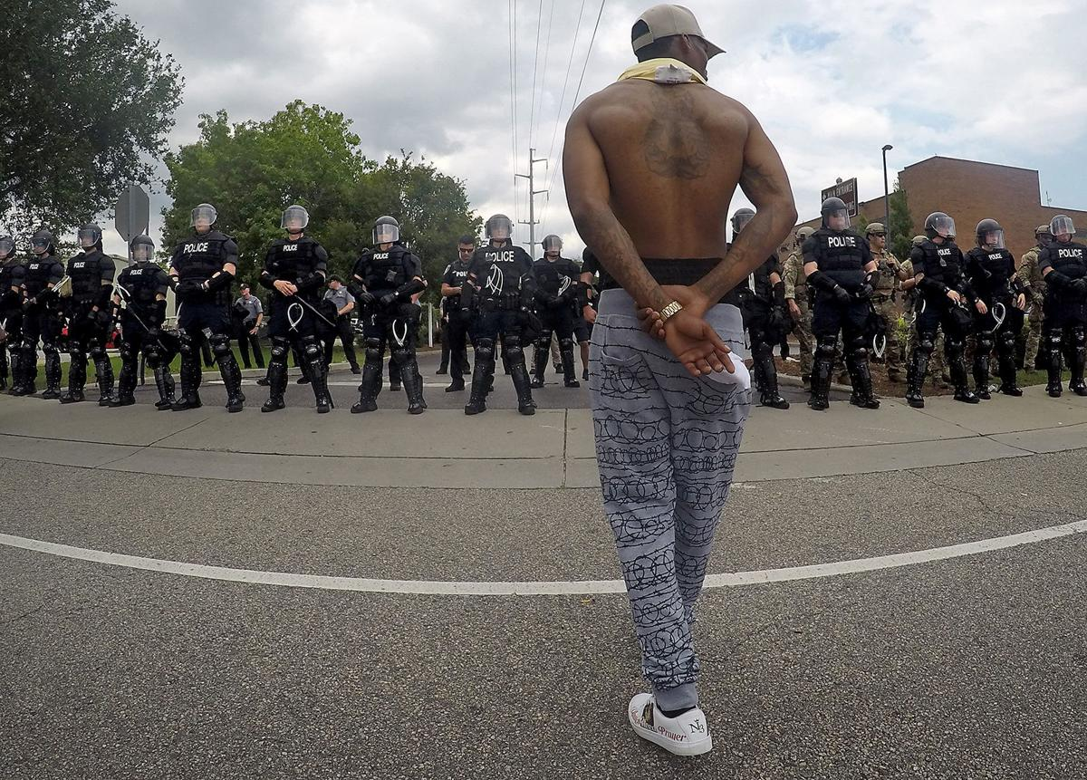 What happened Sunday: from a peaceful march to a standoff on Mr. Joe White Avenue