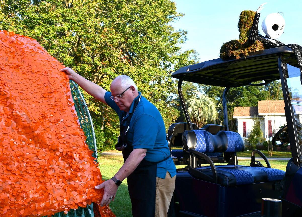 Halloween Golf Cart Parade set for Saturday morning