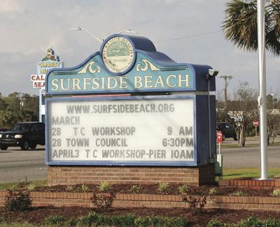 Surfside Beach leaders extend town administrator's contract