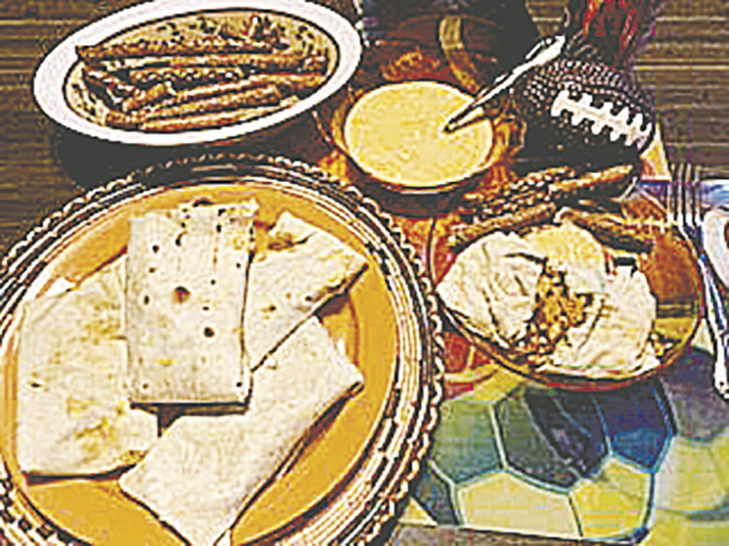 Chili Cheese Wraps, Cheese Sauce