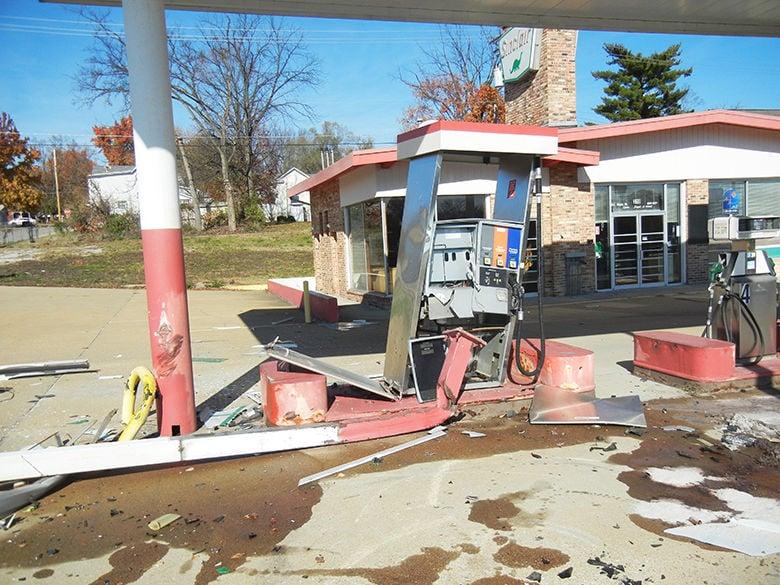 crystal city man arrested for alleged dwi after crashing into former festus gas station