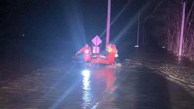 cedar hill fire water rescue 1-12-20