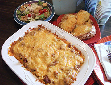 My Leader Yummy Miss Hulling S Sour Cream Noodle Bake Recipes Myleaderpaper Com