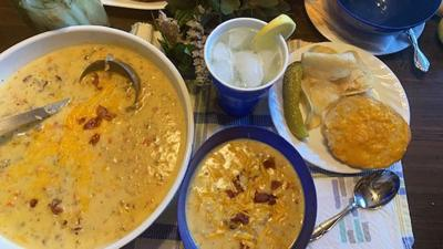 My Leader Yummy – Bacon Cheeseburger Soup