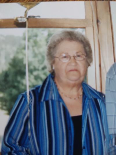 Joan E. Ashline LaPlante