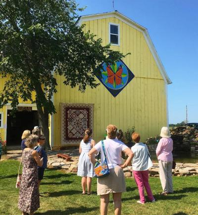 TAUNY hosts tour of area barn quilts